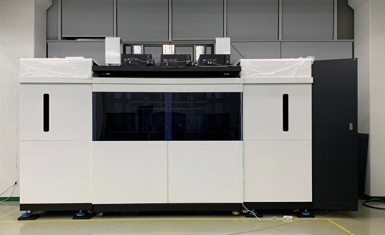 링크솔루션이 개발한 2.3m급 고속 SLA 3D프린터. /사진=한국산업기술대 제공